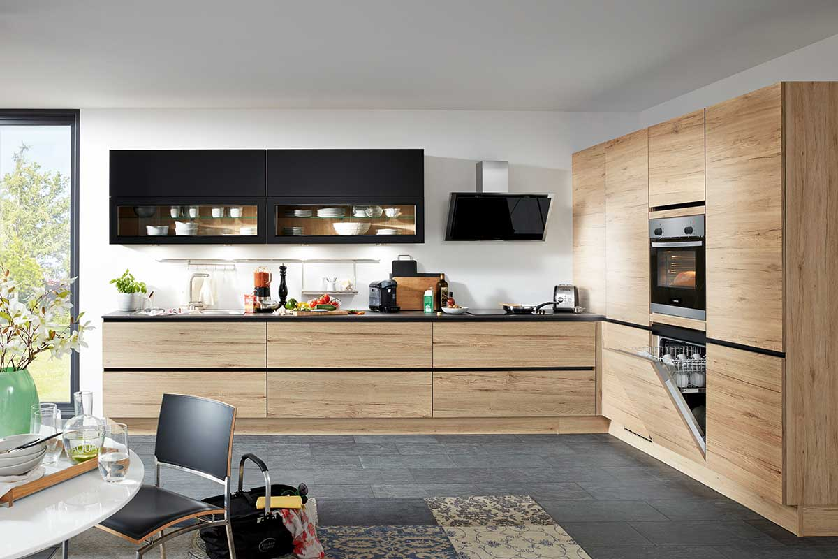 Moderne Küche - Türenprofis: Treppen, Türen, Fenster, Küchen Vom